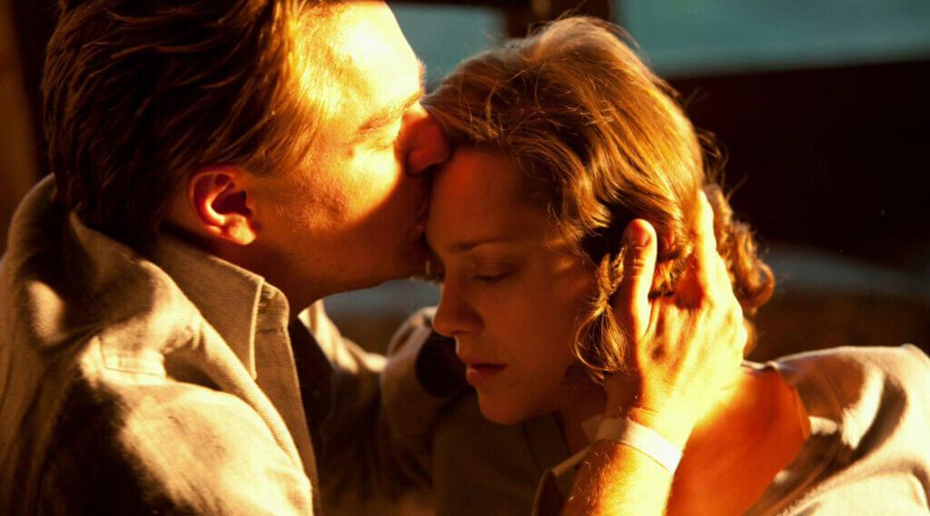 《全面啟動》柯柏最後吻別茉兒