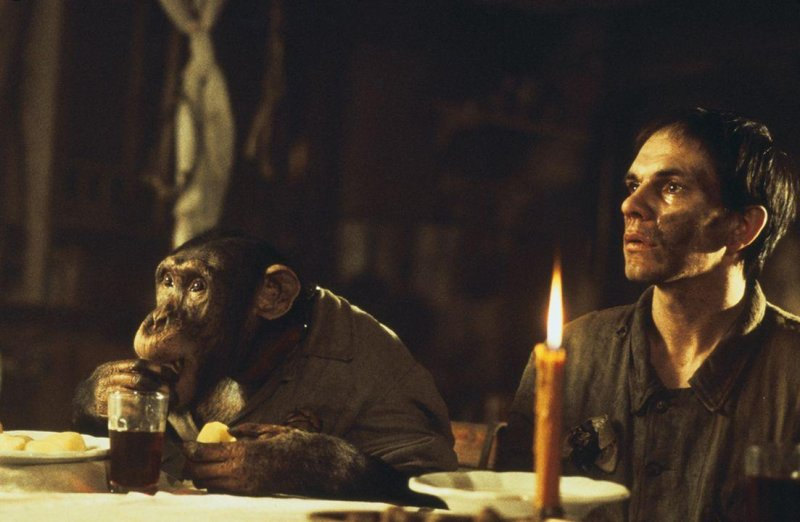 《地下社會》伊凡與小猩猩索尼