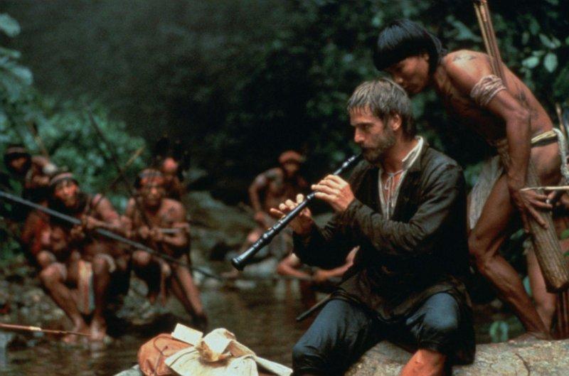 《教會》傳教士加布里埃爾用音樂征服原住民