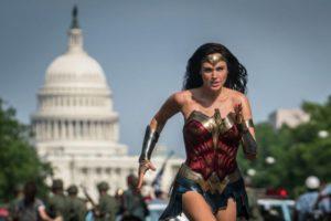 【電影推薦】2020年12月:《神力女超人1984》終於來了!!