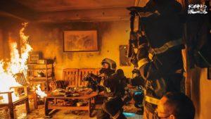 【劇評】《火神的眼淚》第一、二集評價:《與惡》之後,必追的社會寫實職人劇!